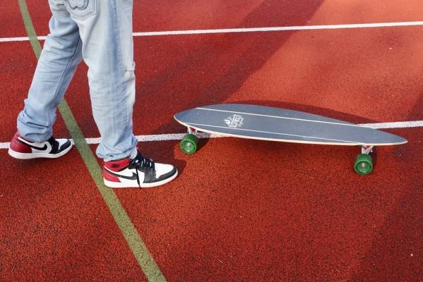 Nike Air Jordan total 1 black toe