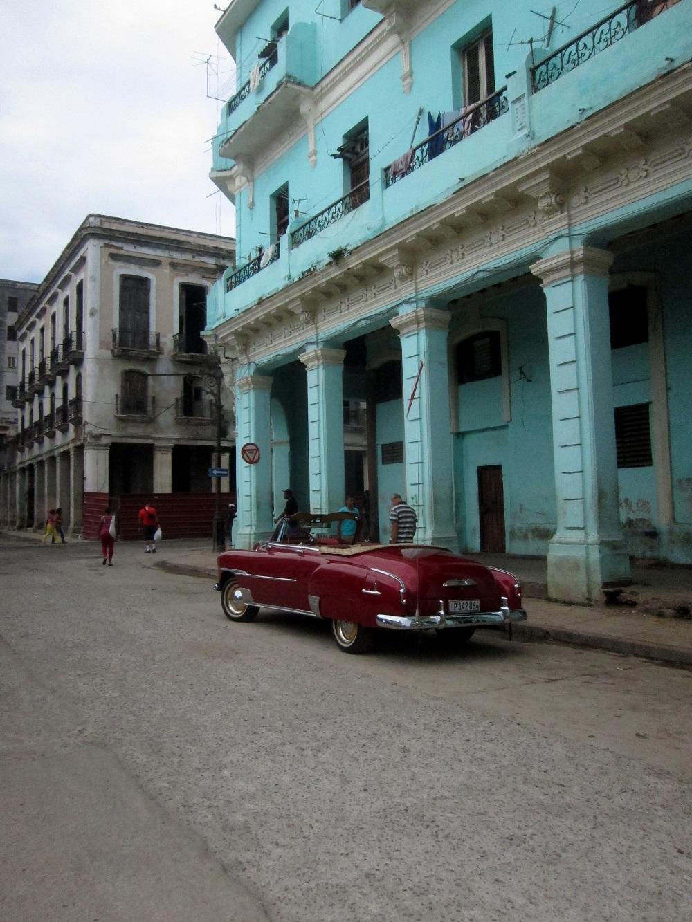 Havana_auto_anni_50_rosso