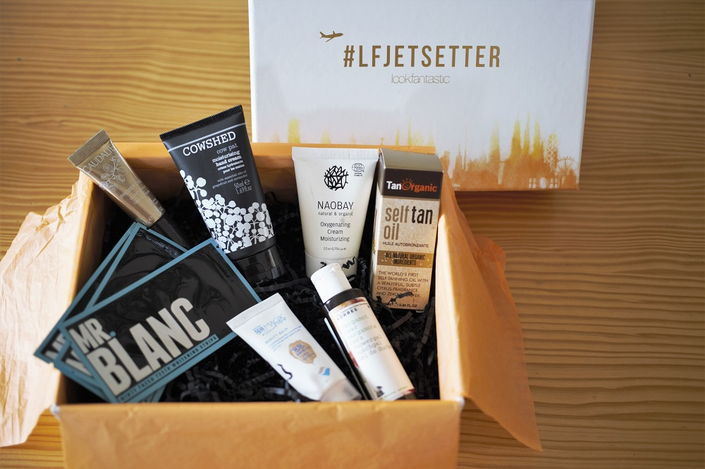Lookfantastic.com is one of the UK's largest hair and beauty websites, offering you gorgeous girls fab discounts on your favourite brands such as Aveda, Dermalogica, Redken, Too Faced, Decleor, Ren, Elemis, Bare Escentuals and many many more. Plus we have great products for guys too, to make sure the boys always look perfectly groomed… oh yes!