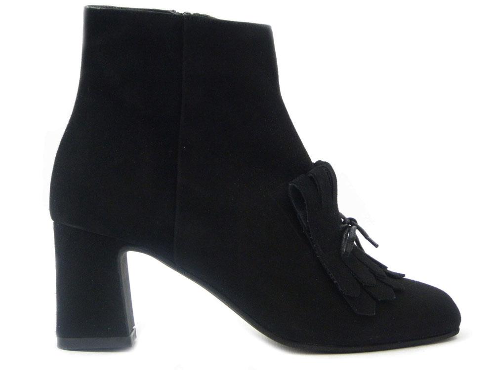 Scarpe di qualità artigianale: scopri Osvaldo Pericoli Calzature!