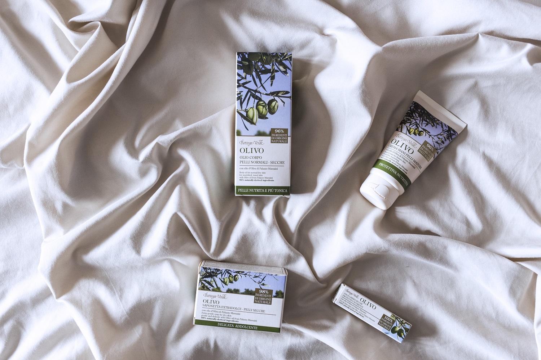 Olio di olivo extravergine di Palazzo Massaini, massima naturalità e packaging eco-compatibili: scoprite la linea Olivo di bottega verde!