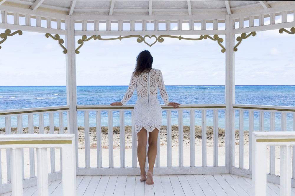 lace_white_dress