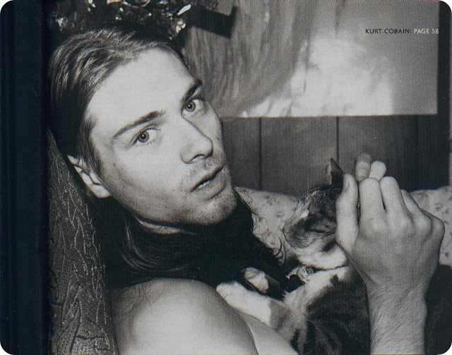 kurt_cobain_with_cat-2