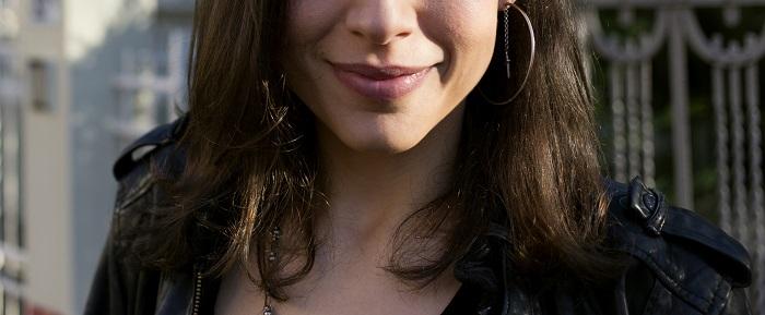 5.total black orecchino