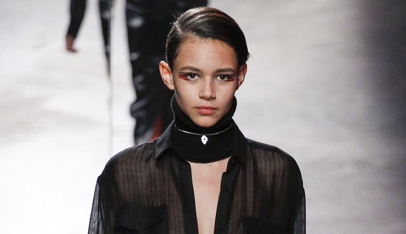 2. Necklace 2014 - Anthony Vaccarello