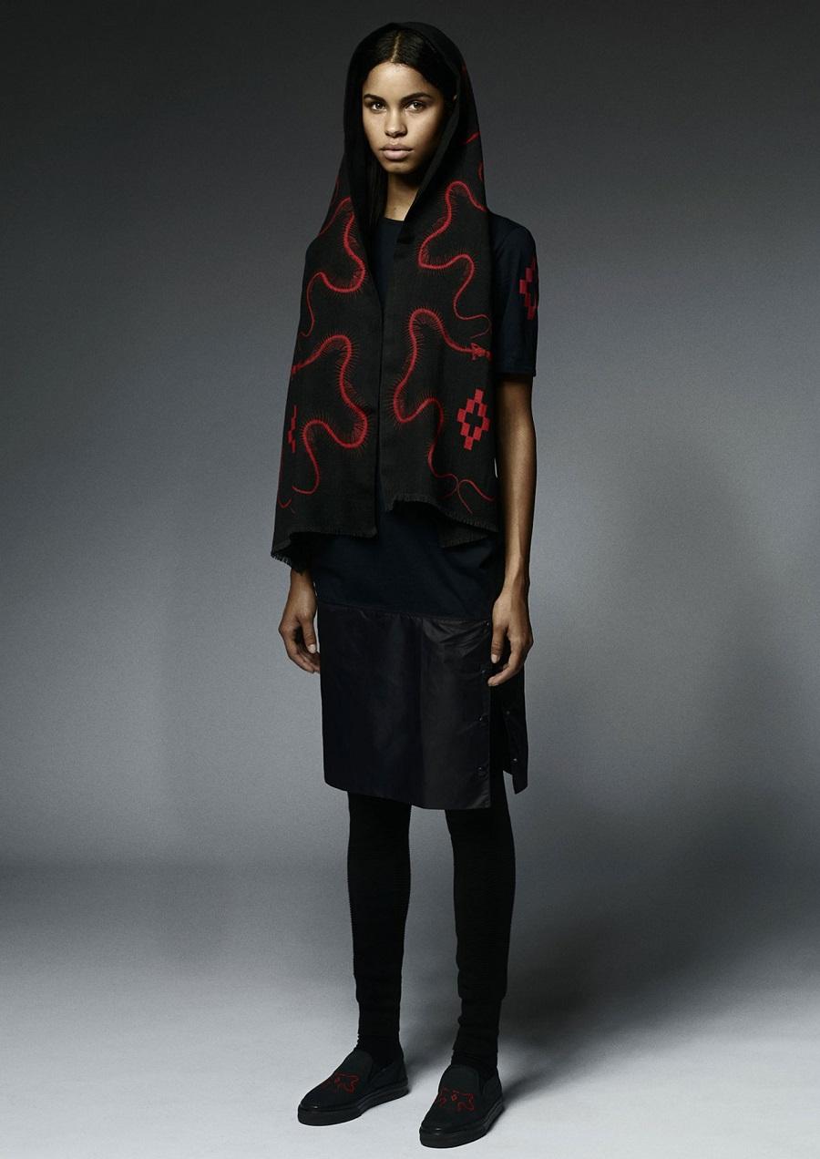 Marcelo-Burlon-County-Of-Milan-Fall-Winter-2014-2015-Womenswear-15-esqueleto-rojo-scarf-shoes