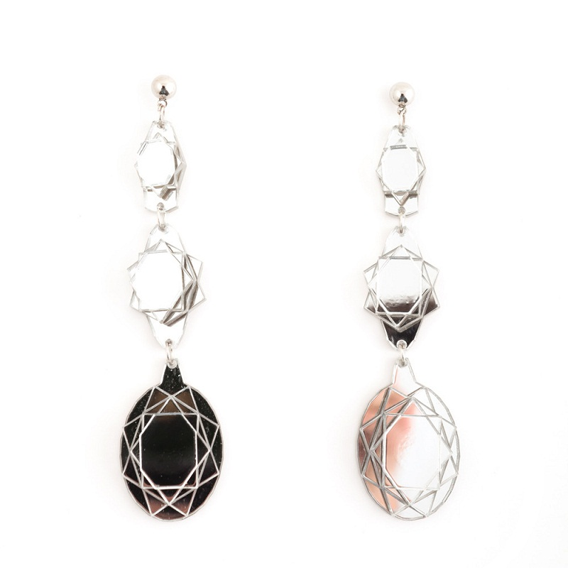 Vectory-Oval-Mirror-earrings-1000px