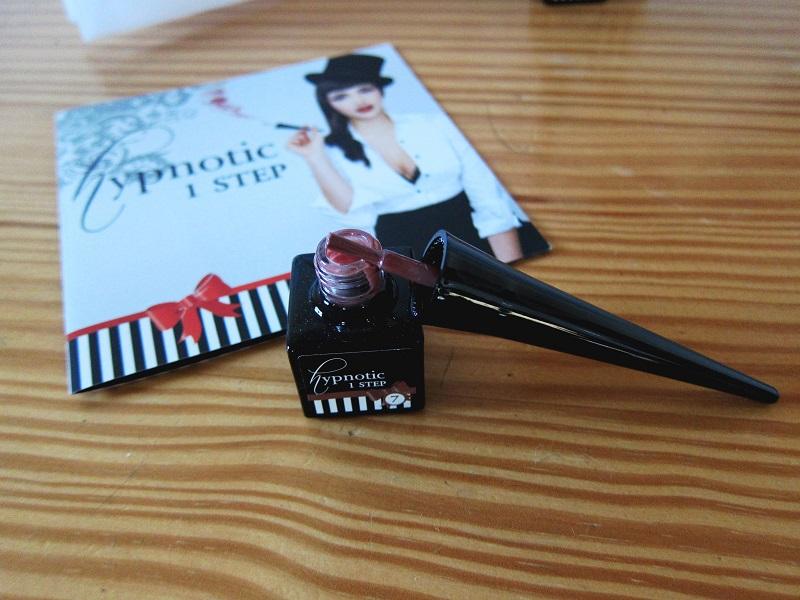 Hypnotic nail 1
