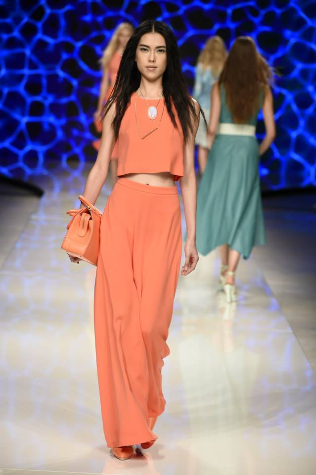 aigner summer 2016 coral look