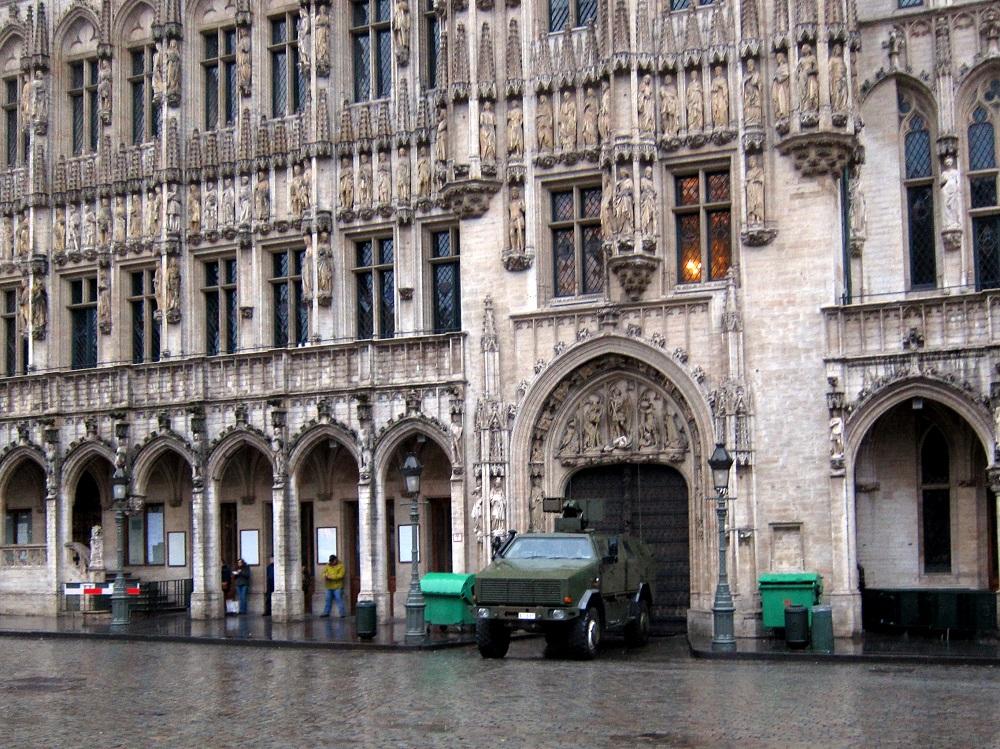 Bruxelles_sotto_assedio