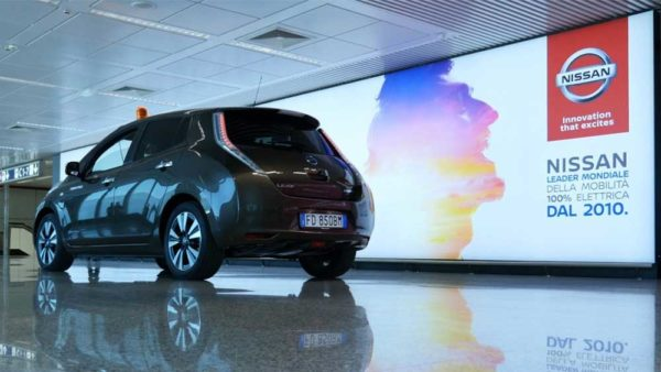 Nissan Leaf: la prima auto elettrica alla portata di tutti! Scoprila al terminal 1 degli Aereoporti di Roma!