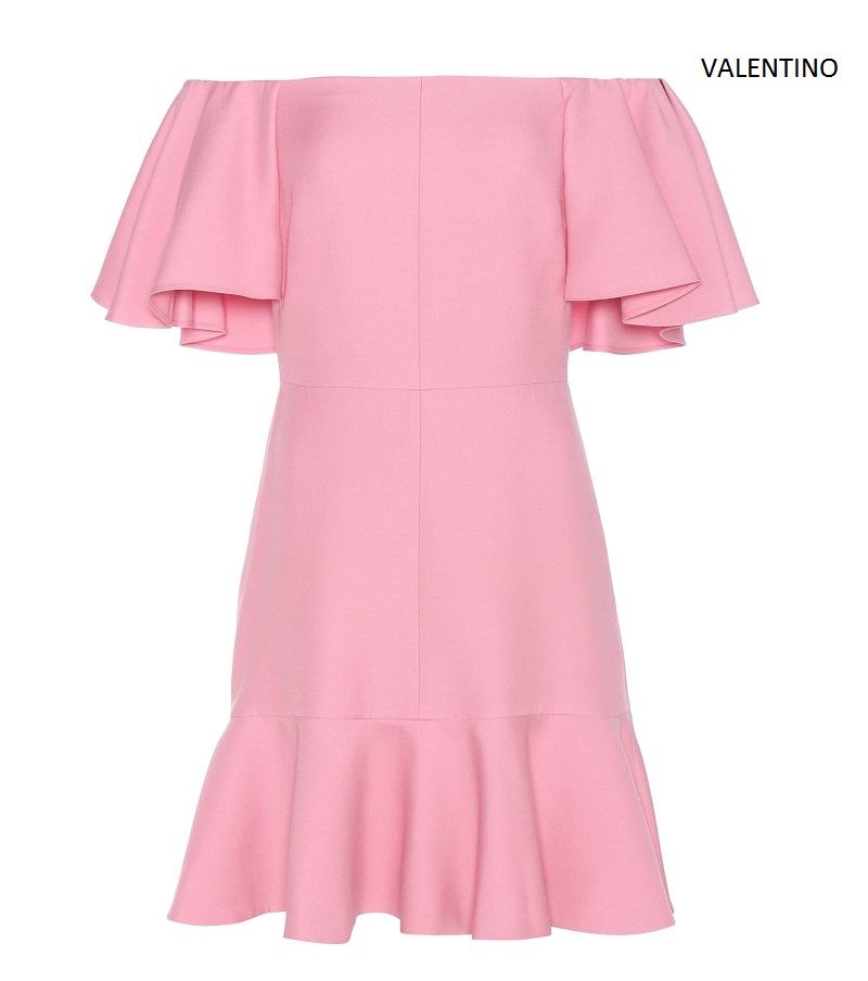 abito-rosa-spalle-scoperte-valentino