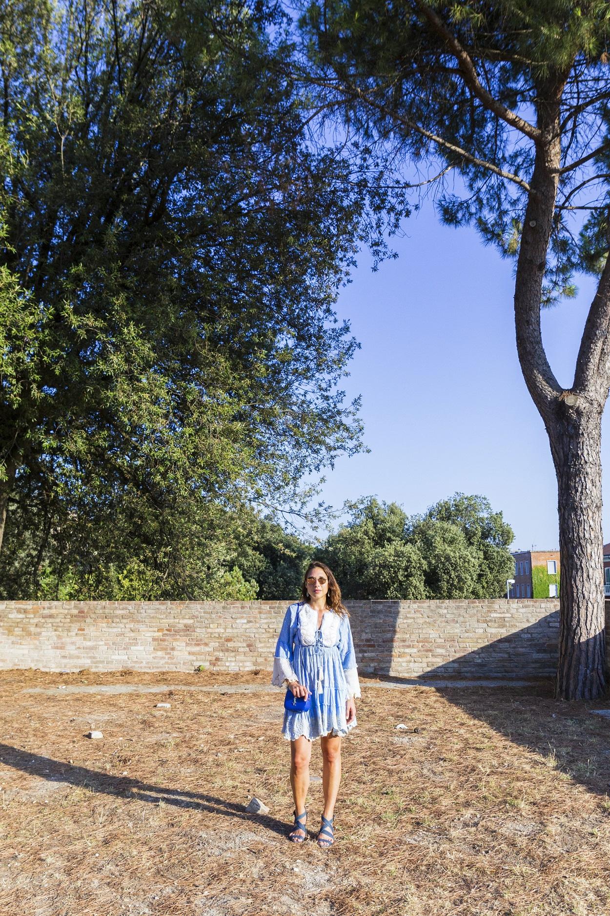 abito blu corto