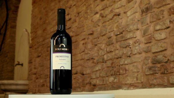 Integralmente prodotto significa che le aziende produttrici seguono il vino dalla vigna alla bottiglia: scopri la selezione di Eurospin!