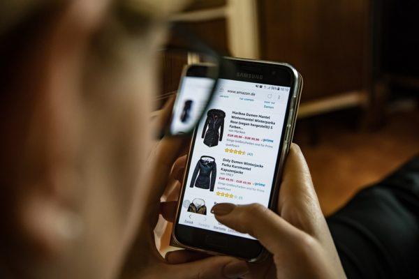 i negozi elettronici siano in aumento è evidente dal gran numero di nuovi siti in cui ci imbattiamo ogni giorno