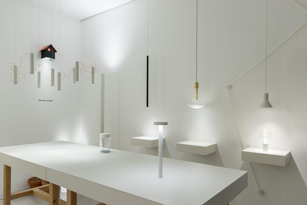 Arredare con la luce: lampade e lampadari di design facilitano l'impresa